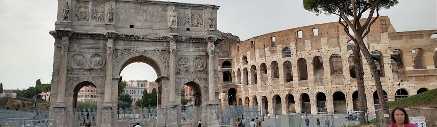 Italy Travel Guide (Arch of Constantine and Colosseum Rome)